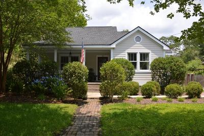 Charleston Single Family Home For Sale: 22 Riverdale Drive