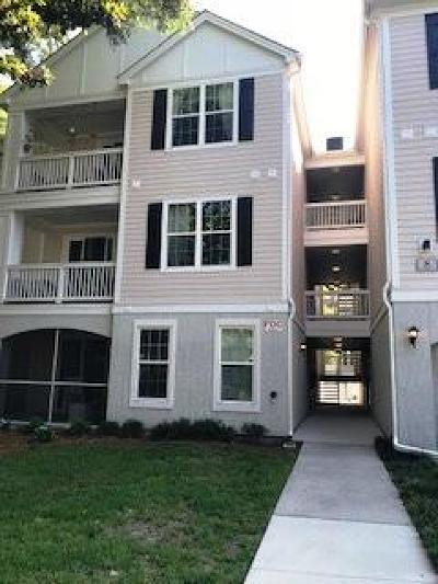 Attached Contingent: 60 Fenwick Hall Allee #825