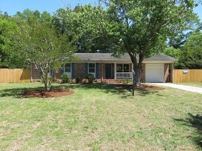 Charleston Single Family Home For Sale: 1044 Farmington Road