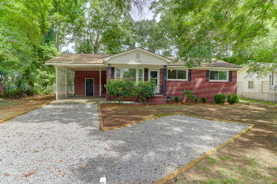 Charleston SC Single Family Home For Sale: $275,000