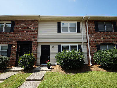 Charleston Attached For Sale: 415 Parkdale Drive #10-B