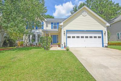 Goose Creek Single Family Home For Sale: 120 Belleplaine Drive