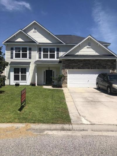 Moncks Corner Single Family Home Contingent: 145 Charlesfort Way