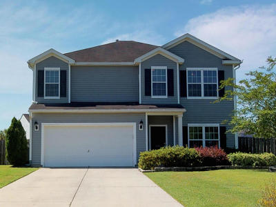 Single Family Home Contingent: 1412 Grackle Court