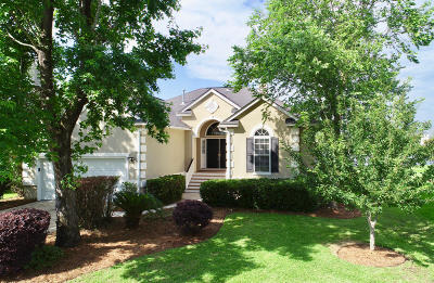 Rivertowne Country Club Single Family Home For Sale: 1568 Oakhurst Drive