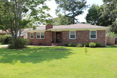 Charleston Single Family Home For Sale: 1516 Birthright Street