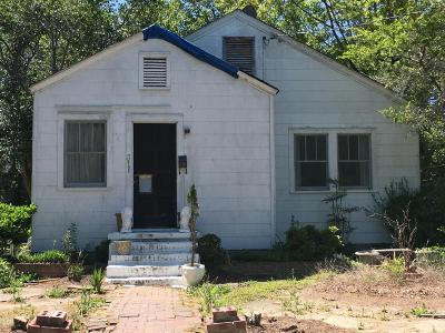 Single Family Home Contingent: 31 Darlington Avenue