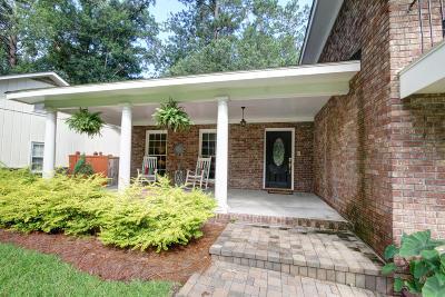 Summerville Single Family Home For Sale: 105 Kensington Place