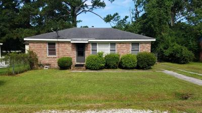 Goose Creek Single Family Home Contingent: 303 Jean Wells Drive