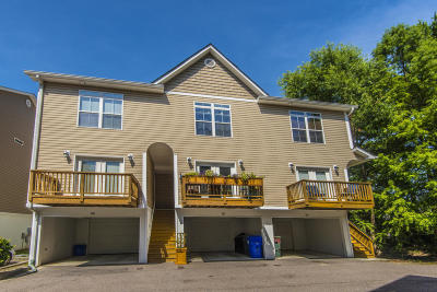 Attached Sold: 1829 Dogwood Road #301