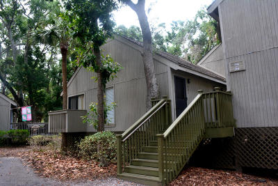 Edisto Beach SC Attached Contingent: $68,500