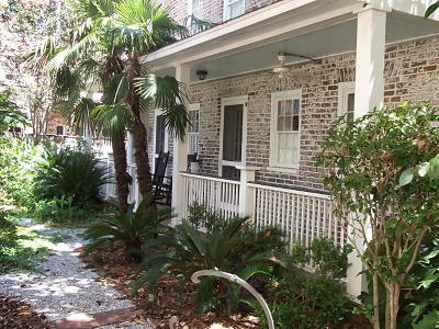 Charleston SC Single Family Home For Sale: $550,000