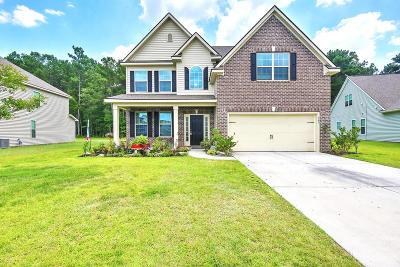 Moncks Corner Single Family Home Contingent: 163 Carolina Wren Avenue