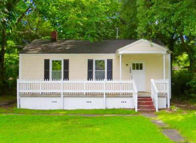North Charleston Single Family Home For Sale: 2715 Saratoga Road