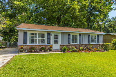 Goose Creek Single Family Home Contingent: 411 Madeline Drive