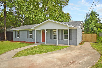 Goose Creek Single Family Home Contingent: 453 Madeline Drive
