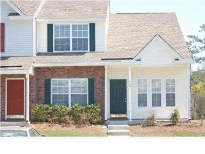 Charleston Attached For Sale: 460 Doane Way Way