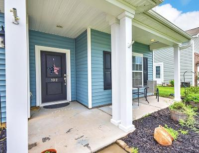 Single Family Home For Sale: 102 Sweet Olive Drive