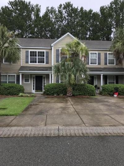 Charleston Attached For Sale: 1114 Island Club Drive