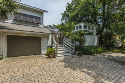 Isle Of Palms Single Family Home For Sale: 19 Edgewater Alley