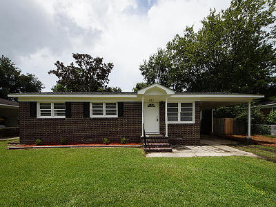 Goose Creek Single Family Home Contingent: 423 Jean Wells Drive