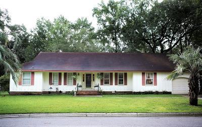 Single Family Home For Sale: 10 Francesca Avenue