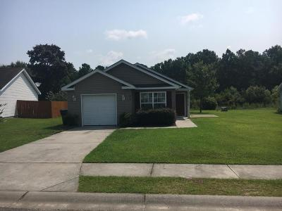 Goose Creek Single Family Home For Sale: 426 Stephanie Drive