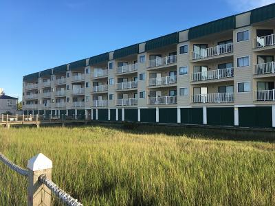 Edisto Beach SC Attached For Sale: $299,000