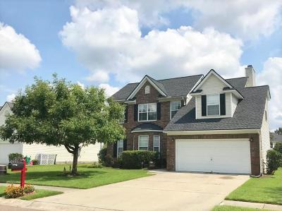 Charleston SC Single Family Home For Sale: $290,000