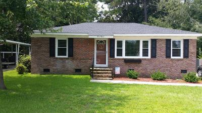 Goose Creek Single Family Home For Sale: 311 Anita Drive