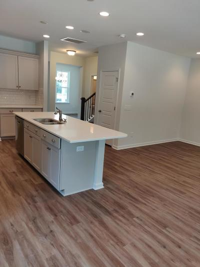 Johns Island Single Family Home For Sale: 1674 Emmets Road