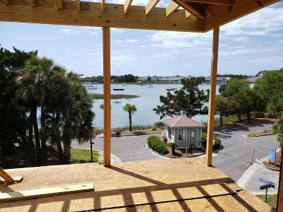 Folly Beach Single Family Home For Sale: 14 Mariners Cay Drive