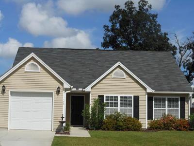 Goose Creek Single Family Home Contingent: 138 Salem Creek Drive