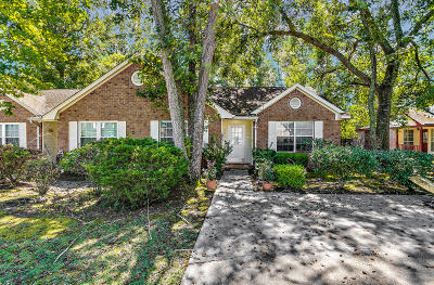 Attached Contingent: 9526 S Cardinal Drive