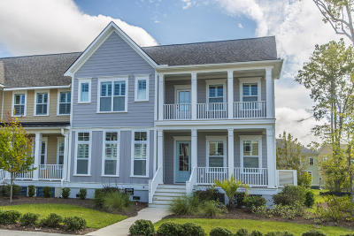 Mount Pleasant SC Attached For Sale: $452,000