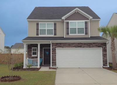 Berkeley County Single Family Home For Sale: 308 Silverleaf Lane