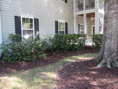 Grand Oaks Plantation Attached For Sale: 401 S S Elgin Court