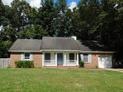 Single Family Home Contingent: 119 Pipestone Drive