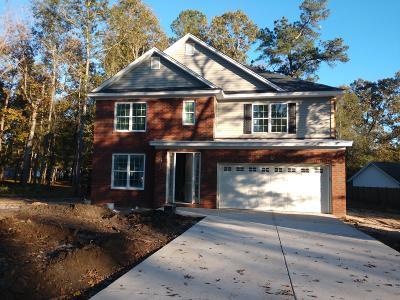 Moncks Corner Single Family Home For Sale: 1104 Bruton Boulevard