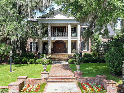 Pawleys Island Single Family Home For Sale: 4 Lower Waverly Road