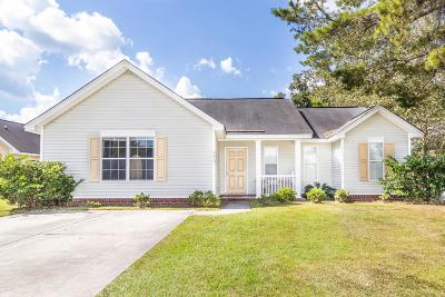 Charleston Single Family Home For Sale: 495 Hainesworth Drive