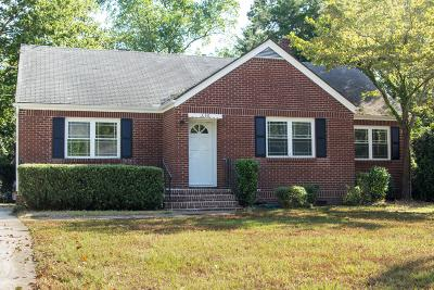 Charleston Single Family Home For Sale: 650 W Oak Forest Drive