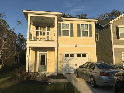 Charleston Single Family Home For Sale: 326 Grouse Park