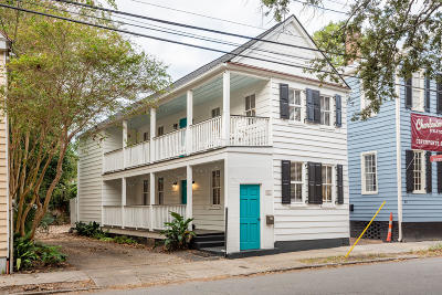 Single Family Home Contingent: 41 Coming Street