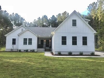 Single Family Home Contingent: 767 Deerhaven Court