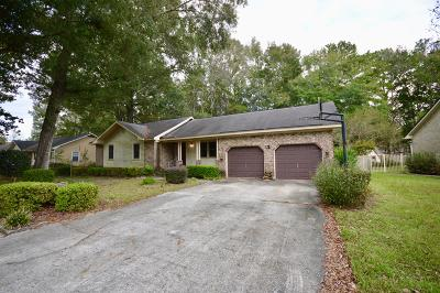 Summerville Single Family Home Contingent: 322 Chessington Circle