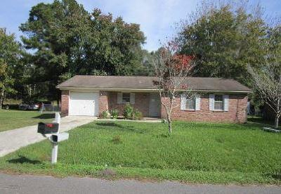 Single Family Home For Sale: 321 Lilac Drive