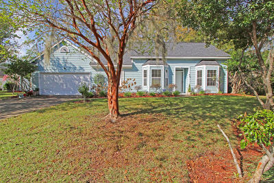 Charleston Single Family Home For Sale: 4113 Westerly Lane