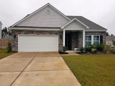 Goose Creek Single Family Home For Sale: 606 Zinnia Drive