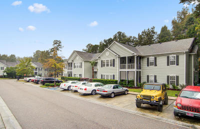 Grand Oaks Plantation Attached For Sale: 1503 Whitby Lane